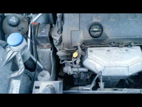 Где у Peugeot 4007 находится натяжитель цепи грм