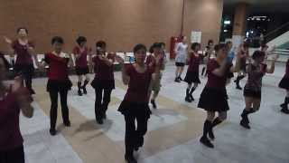 getlinkyoutube.com-Let's Twist Again(Demo & Teach) -Line Dance