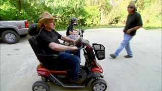 getlinkyoutube.com-The Granny-Mobile Is Full of Surprises | Street Outlaws
