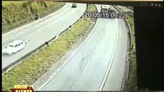 """Caminhoneiro faz """"quebra de asa"""" e tenta subornar policial"""