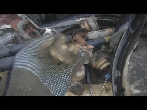 Сравнение оригинальных Б\У подушек кузова Террано 2 и неоригинальных от Сашка. Видео второе.