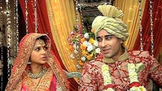 getlinkyoutube.com-No Marriage For Saras And Kumud? Saraswatichandra