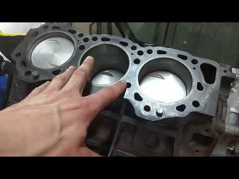 #сборкамотораvg30 #wd21#Nissan Tarrano 1 WD21 VG30 Установка головок блока. Как протягивать?