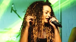 getlinkyoutube.com-Ella Eyre - If I Go (Live, Vevo UK @ The Great Escape 2014)