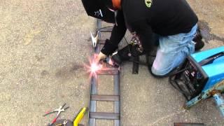 getlinkyoutube.com-How to make heavy duty steel loading ramps