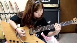 getlinkyoutube.com-CRAZY DOCTOR  LOUDNESS 桜花9歳 ギター少女