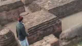 me with in Nalanda Khandar with some resaech........