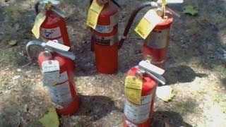 getlinkyoutube.com-Fire Extinguisher Fun