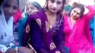 Saraiki Desi Shadi Dance by Beautiful Girls