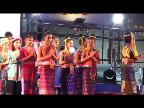That Luang Festival 2013 HIGHLIGHTS,  Lao traditional Dancing, Lam vong Lao
