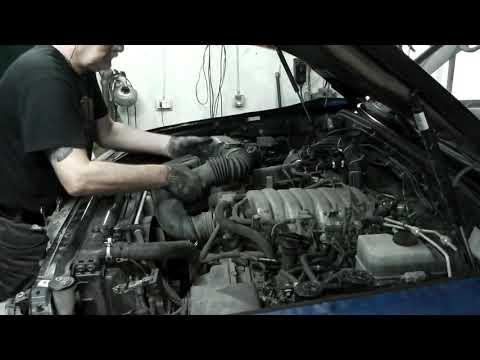 Toyota Lend Cruiser 100 двс 2UZ-FE замена грм и сальников клапанов, без снятия гбц. част 1