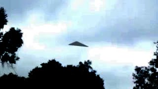 getlinkyoutube.com-Breathtaking UFO Video | Black Triangle UFO Caught on Camera | Real UFO Sightings 2016