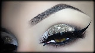 getlinkyoutube.com-Sexy Arabic Christmas Makeup - Gold Glitter Elegant Cat Eyeliner Tutorial (trucco Natale) 2014