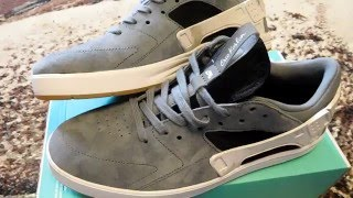 "getlinkyoutube.com-Обзор  Nike SB Eric Koston Huarache ""Marble""."