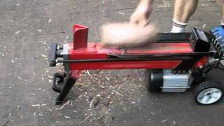 getlinkyoutube.com-7 Ton Hydraulic Log Splitter
