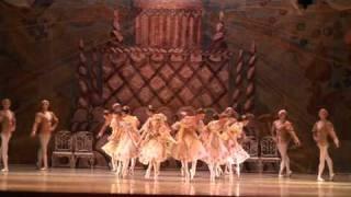 getlinkyoutube.com-BALLET CLÁSICO DE MOSCÚ, EL CASCANUECES: VALS DE LAS FLORES