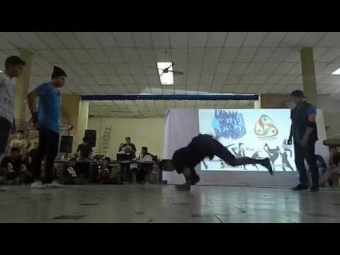 Bboy Monkey y Bboy Cuate vs Bboy Chunlee y Bboy Churros | Urban War: Dance 3 | (Ronda 1) 2014