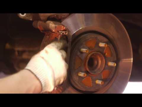 Замена передних тормозных колодок на инфинити