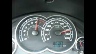 getlinkyoutube.com-Celta LT 1.0 2012 Acelerando 0 -165 Km/h