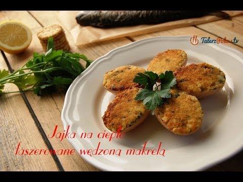 Jajka na ciepło faszerowane wędzoną makrelą