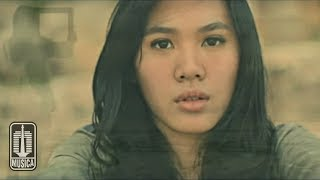 getlinkyoutube.com-Sheryl Sheinafia - Rasa Sunyi (Official Video)