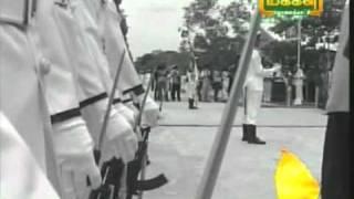 getlinkyoutube.com-Rajiv Gandhi Hit by Sri Lanka Sinhala Navy Soldier - Where is he?