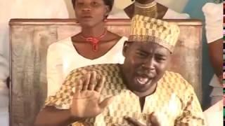 AIC Arusha Choir - Nani Aliyenigusa? width=