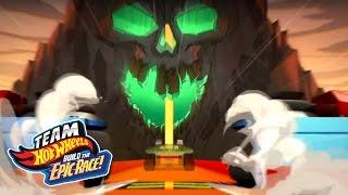 getlinkyoutube.com-Team Hot Wheels: Build the Epic Race! Trailer #2 | Hot Wheels