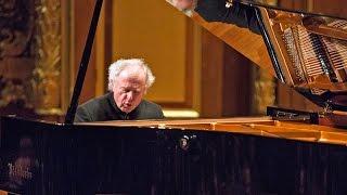 getlinkyoutube.com-Sir András Schiff about Bösendorfer pianos