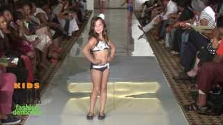 getlinkyoutube.com-SWIMWEAR FINAL ROUND OF THE 2013 KIDS Fashion Democracy - Fashionestas Rule!