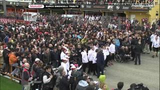 getlinkyoutube.com-Valencia pay tribute to Marco Simoncelli