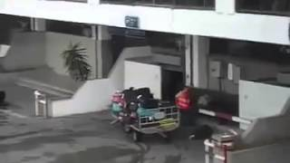 فضيحة: عملية سرقة الامتعة في مطار تونس قرطاج 2014.01.22