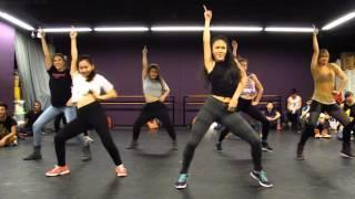 getlinkyoutube.com-Jessie J, Ariana Grande & Nicki Minaj - Bang Bang