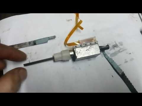 Электрический ручник Рено Лагуна 3. Замена тросов.