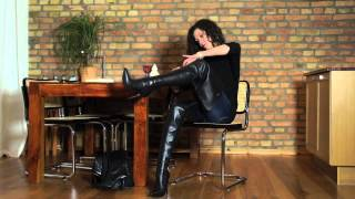getlinkyoutube.com-best boots for Natalia