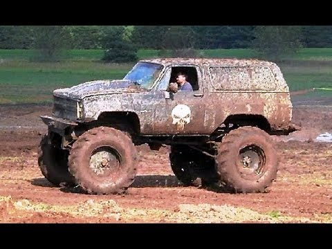Big Black Chevy 4x4 In Romeo