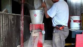 getlinkyoutube.com-completely homemade pellet mill