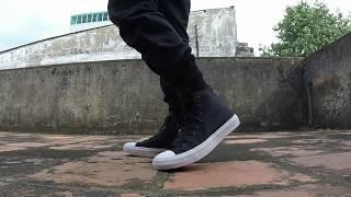 getlinkyoutube.com-Clip 3: Unboxing & on feet Converse Chuck Taylor II