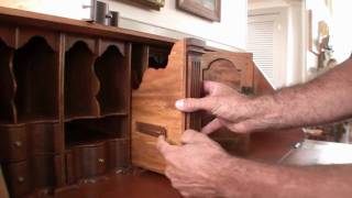 getlinkyoutube.com-Furniture by John Friel - 19th Century Secretary Desk