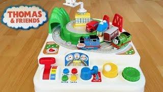 getlinkyoutube.com-Thomas and Friends Toy Trains Play Set with Percy, Bertie the Bus, Harold Thomas y sus amigos