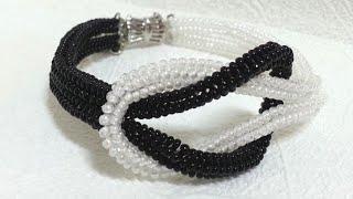 "getlinkyoutube.com-Черно-белый браслет из бисера ""Инь Янь""/Black and white bead bracelet ""in Yan"""