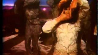 getlinkyoutube.com-Kate Bush - The Dreaming - Official Music Video