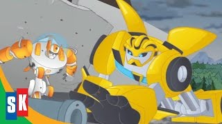 getlinkyoutube.com-Transformers Rescue Bots: Return Of The Heroes (1/4) Bumblebee to the Rescue HD