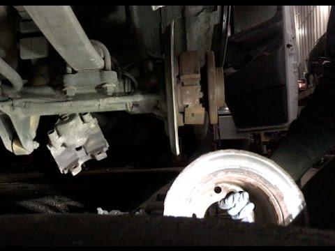 2005 Sprinter rear brake pads, shoes, rotor repair, 2005 Спринтер замена тормозных колодок и диска