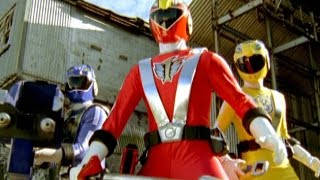 getlinkyoutube.com-Power Rangers RPM - First Morph and Fight