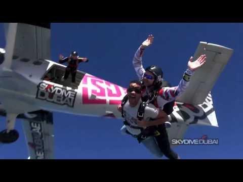 Will Smith Skydive Dubai 2014 @WilII_Smith