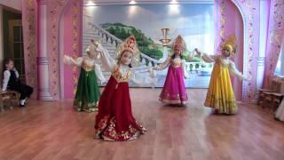 getlinkyoutube.com-Танец в детском саду - Как прекрасен этот мир