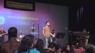 Karthik Music Experience, Karthik sings Ava Enna Enna Thedi Vandha Anjala for the Finale