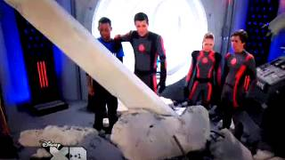 getlinkyoutube.com-Lab rats leo saves adam,brie and chase