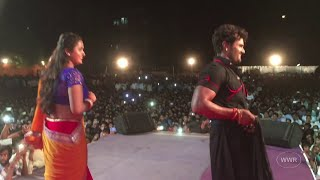 getlinkyoutube.com-Live Performance - Mehandi Laga Ke Rakhna - Khesari Lal Yadav, Kajal Raghwani